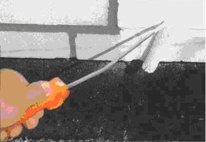 Закончить ремонт отбелкой стен с помощью валика